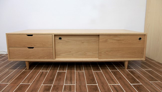 White-oak retro chest